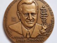 Prof. MUDr. Aurel Hudcovič / 16. zjazd SGPS, 2009, patinovaný tombak, 60 mm - averz