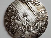 Svetlo, 1988, razba Mincovňa Kremnica, postriebrený tombak, 45 mm