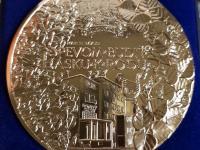 100 rokov Speváckeho zboru slovenských učitelov, pozlátený tombak, 100 mm, reverz