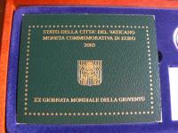 pam.2€ Vatikán 2005 v drevenej kazete