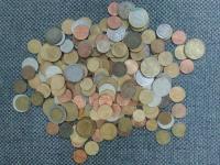 Rôzne druhy mincí na výmenu: Svet
