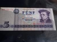 Bankovky random