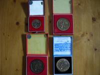 Predám medaile od W. Schiffera. Aj Ag