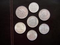 Konvolút strieborných mincí.