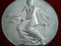 A. Peter: Mladá republika (neskoršia razba medaile z roku 1939), etue, 24,1 g, Al, 60 mm