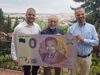 Predám 2 kusy 0 euro suvenírov Karel Gott - NEVYMAZÁVAM