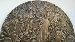 Marián Polonský: Pocta Alfredovi Bornovi, 150 mm, liata, detail 1